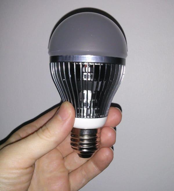 LED pære med E27 sokkel